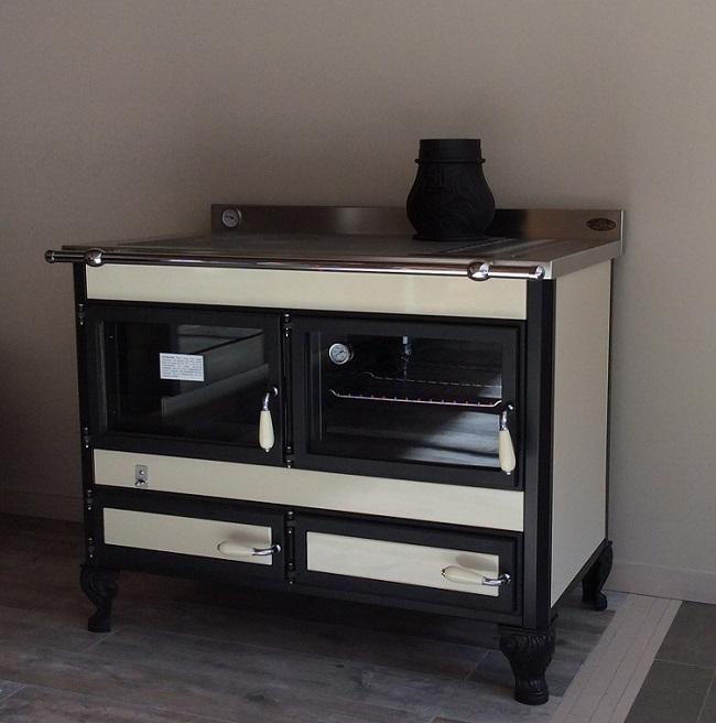 cuisiniere a bois bouilleur wekos 106 19 kw traini. Black Bedroom Furniture Sets. Home Design Ideas